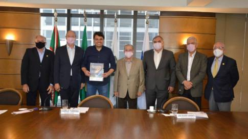 Curitiba - Encontro com candidato Zé Boni do Partido Trabalhista Cristão (PTC)