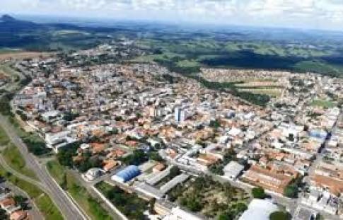 Regional Londrina - Prefeituráveis de Ibaiti recebem Agenda Parlamentar do Crea-PR