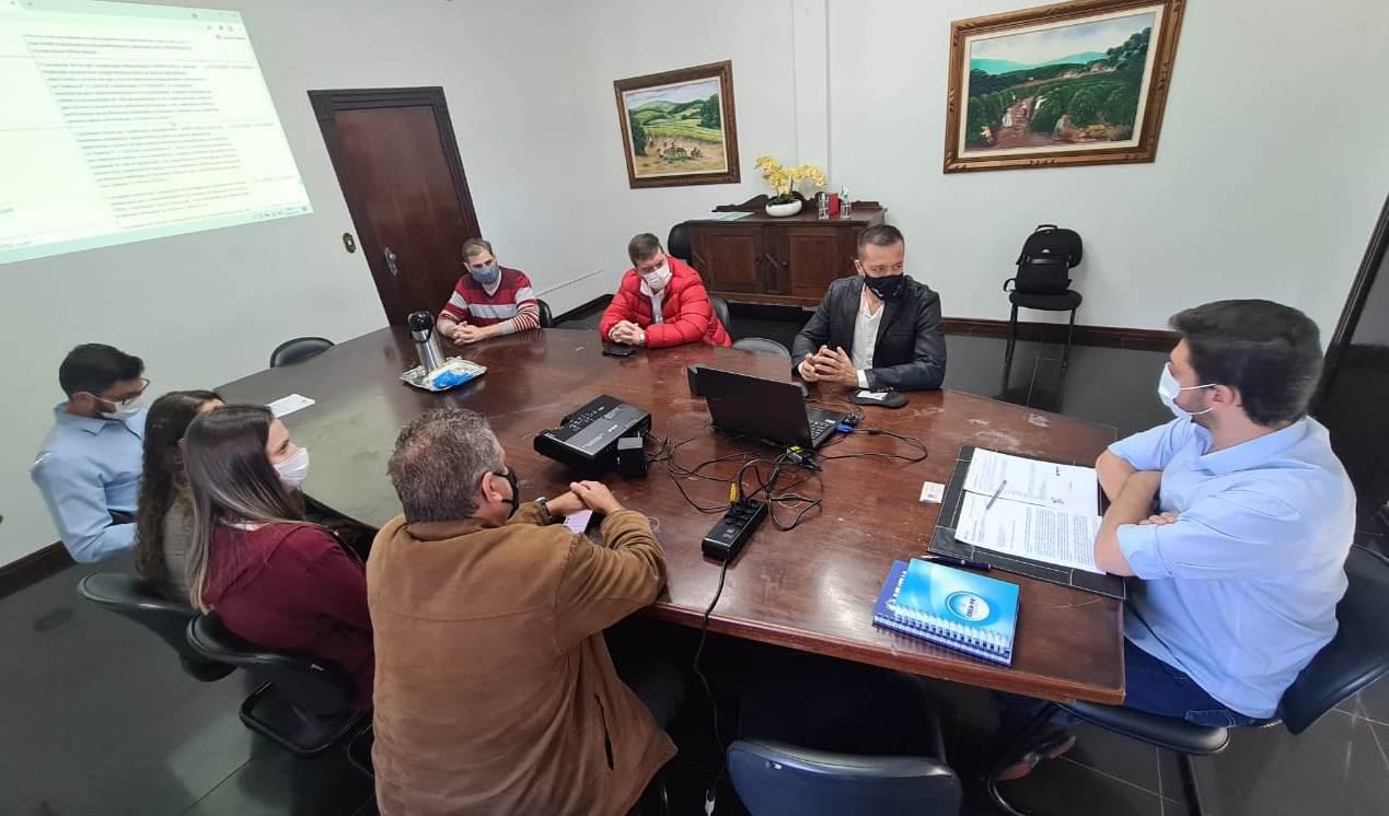 Crea-PR expande visitas da Agenda Parlamentar à Jandaia do Sul